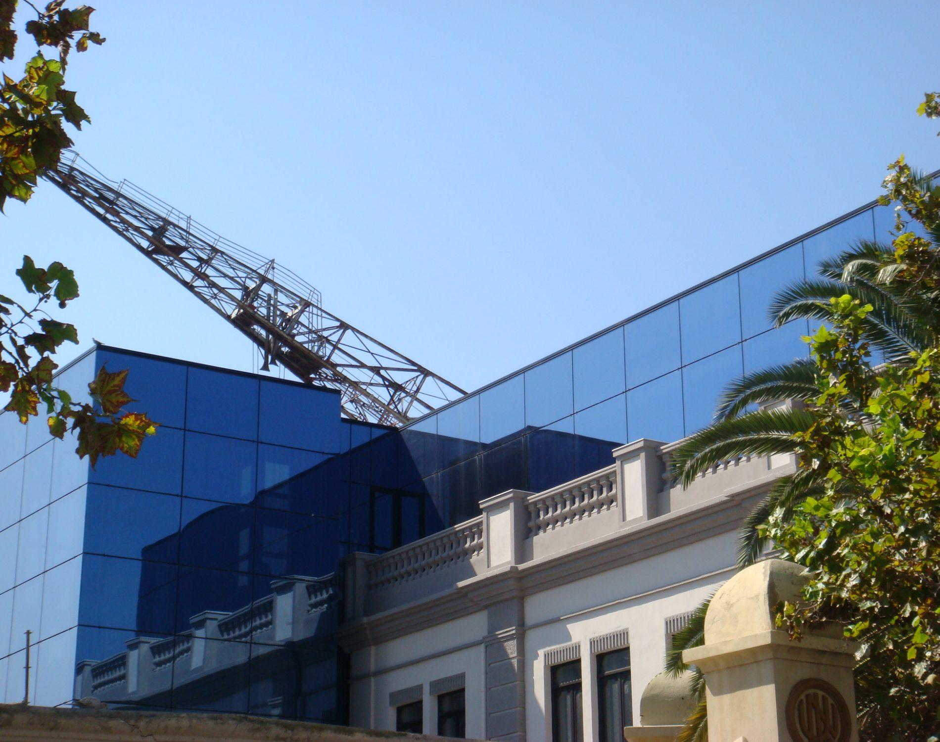 Edificio oficinas puerto estudio13 arquitectos for Edificio oficinas valencia