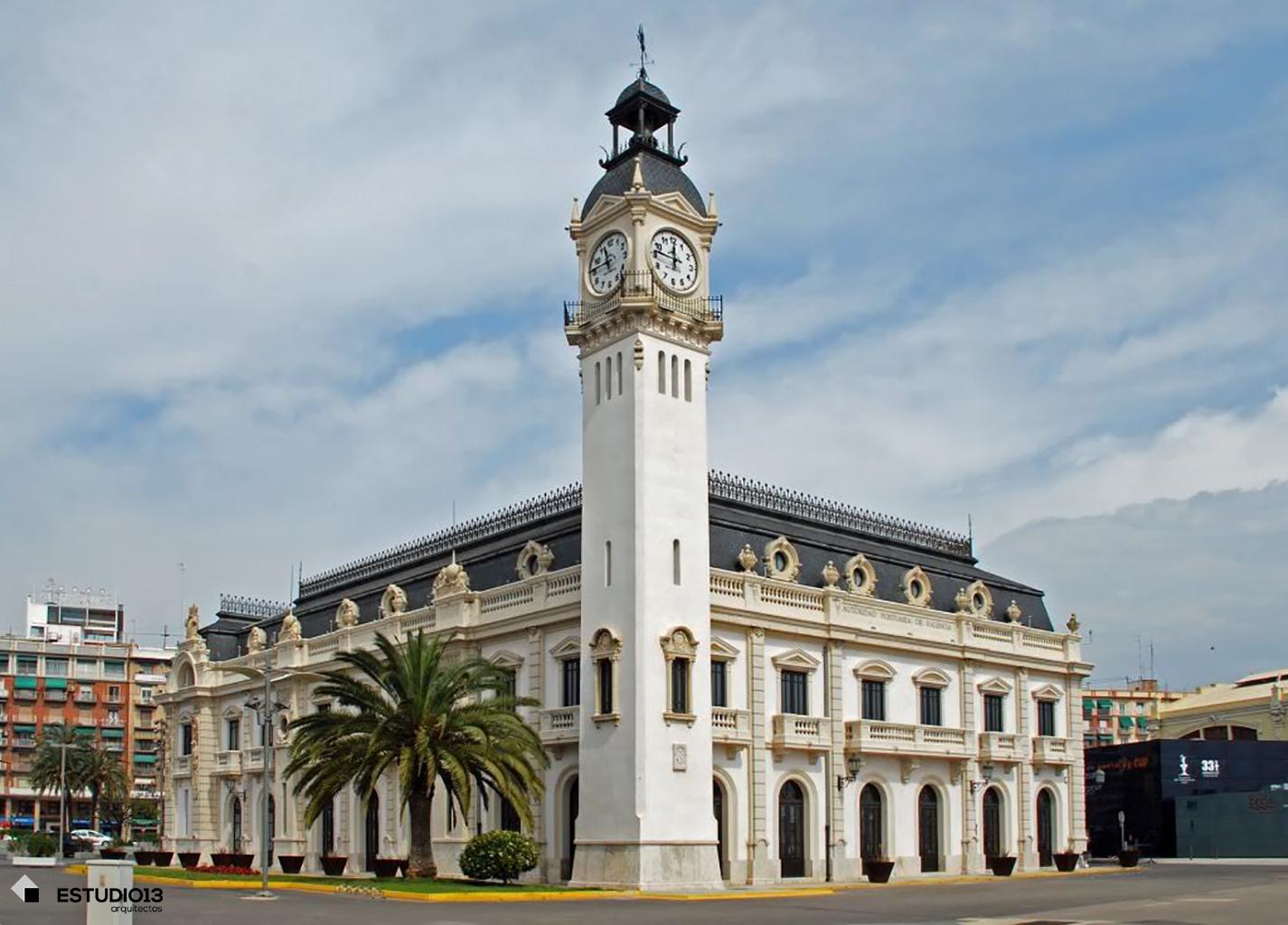 estudio13arquitectos_edificio_del_reloj